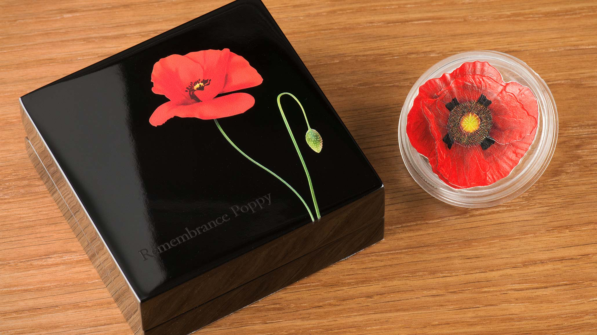 smartminting silver coin in shape of a remembrance poppy